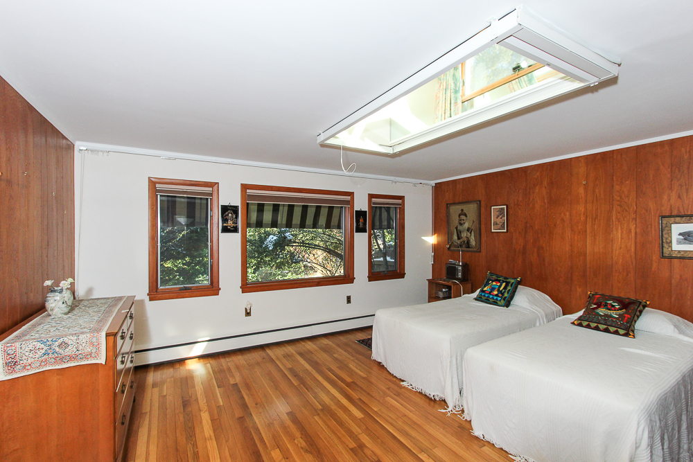 Guest Room with skylight 27 Edgemoor Road Gloucester MA
