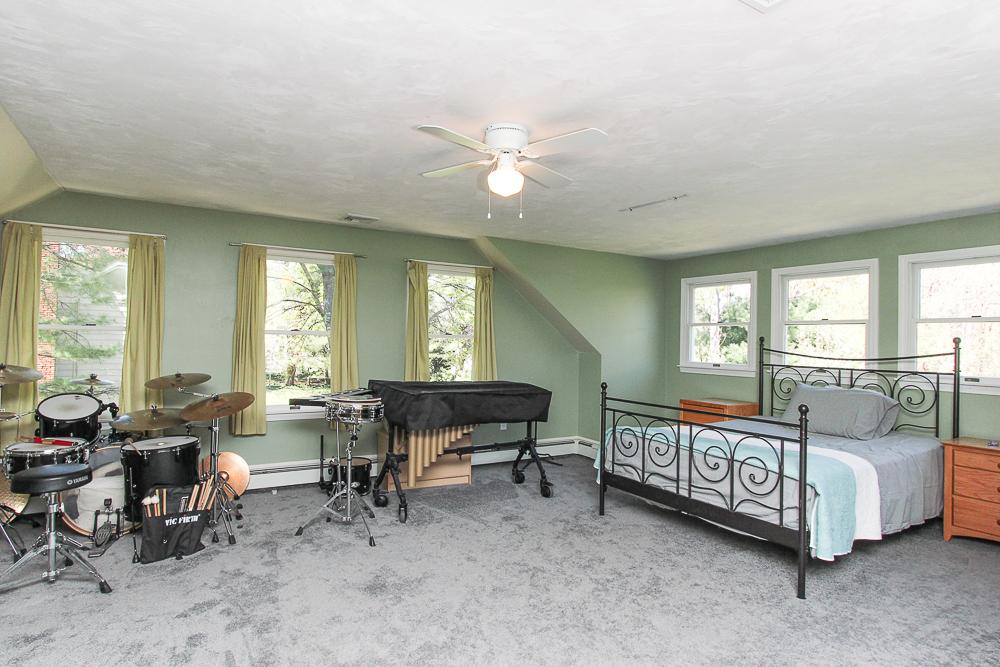Bedroom Suite 10 Patton Drive Hamilton MA