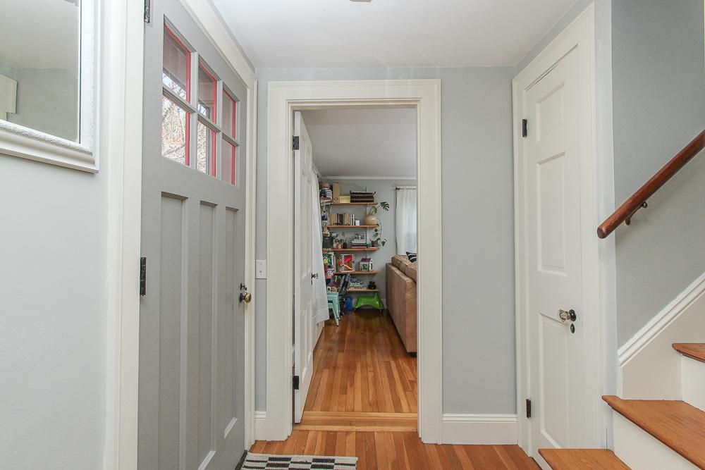 Foyer 896 Haverhill Street Rowley MA