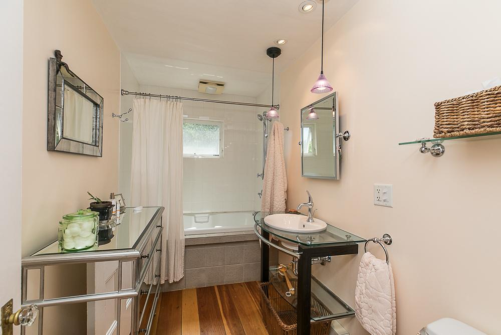 2nd floor Bathroom 44 Baker Avenue Beverly MA