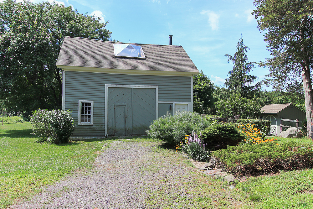Outbuilding Barn 298 High Street Ipswich MA
