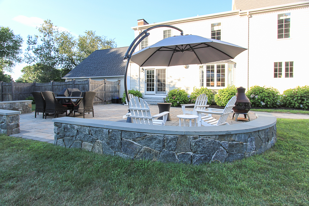 Patio seating with stone wall 10 Farrington Lane Hamilton Massachusetts