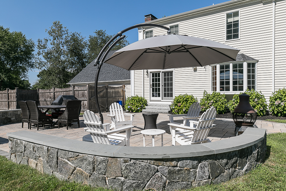 Patio wall and seating 10 Farrington Lane Hamilton Massachusetts