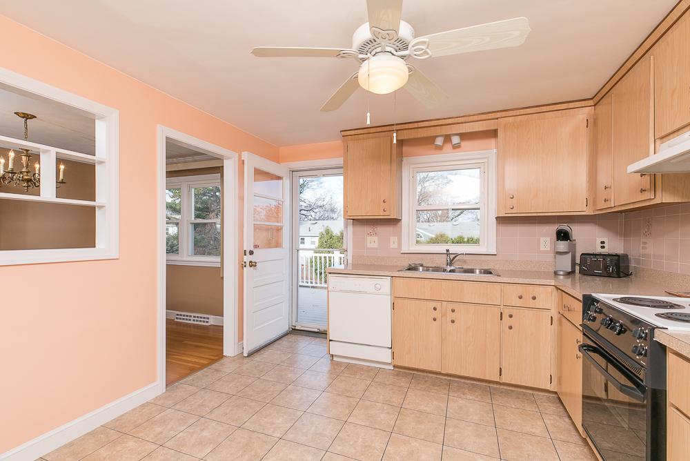 Kitchen 8 Pond Street Peabody Massachusetts