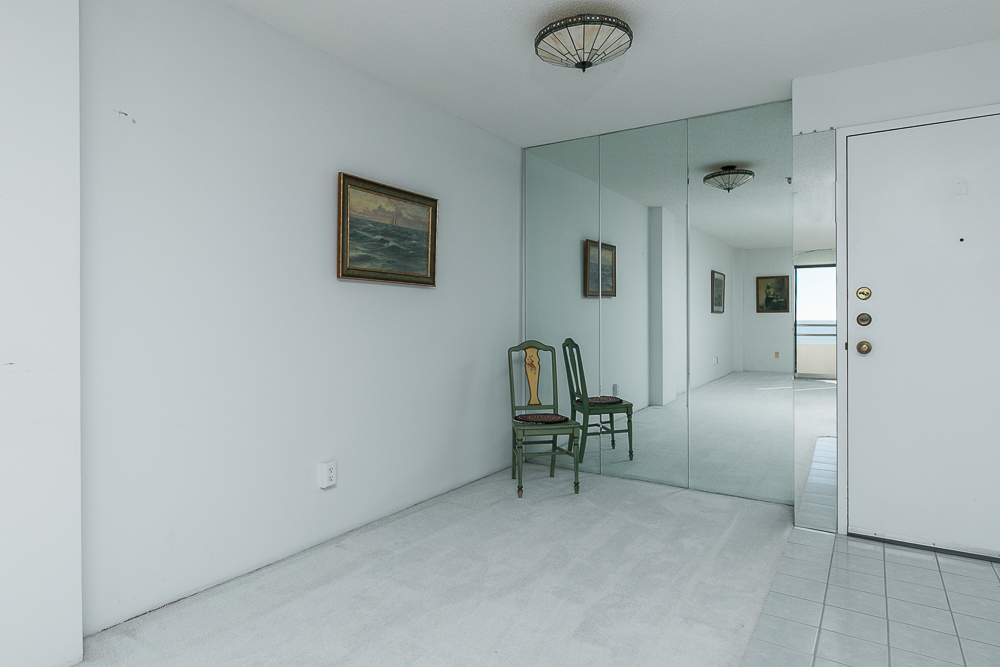 Dining room with mirrored wall 510-1002 Revere Beach BLVD Revere Massachusetts