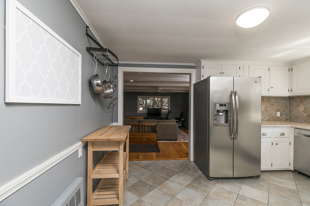 Kitchen walk through to Family Room 9 Crescent Road Hamilton, Massachusetts