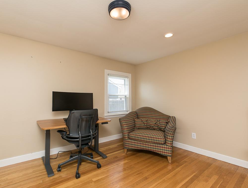 First floor bedroom or office 9 Crescent Road Hamilton, Massachusetts