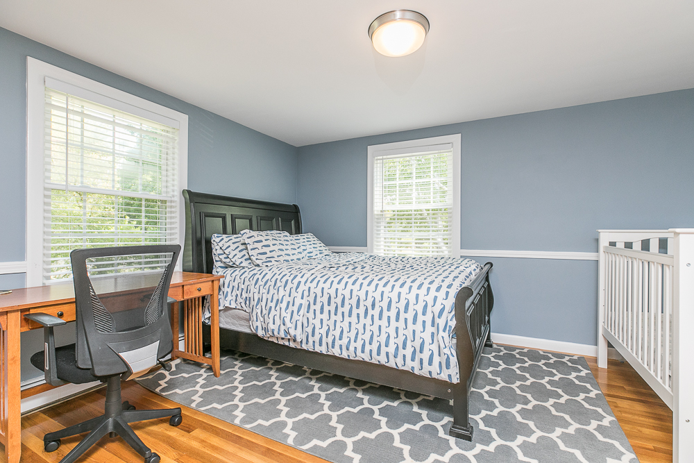 Bedroom 300 Essex Street Hamilton Massachusetts