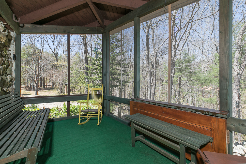 Screened Porch 156 Middle Road Newbury Massachusetts
