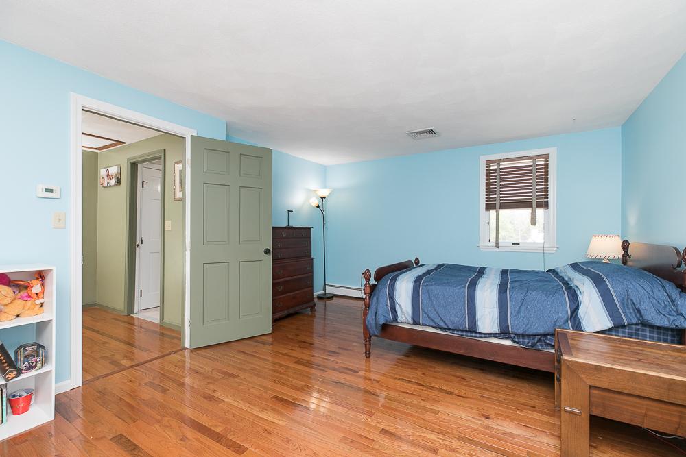 Bedroom 6 Ricker Circle Hamilton MA
