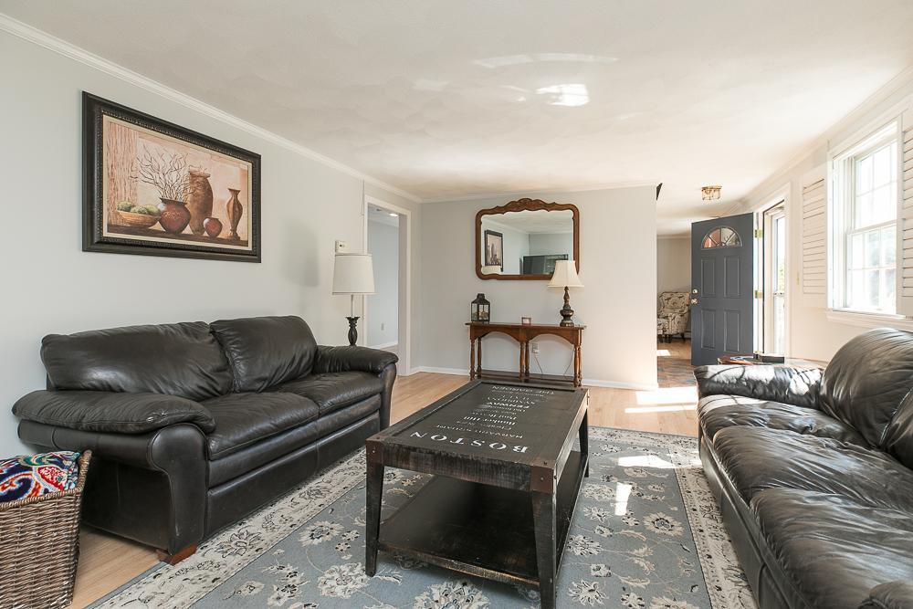 Living Room 6 Ricker Circle Hamilton MA