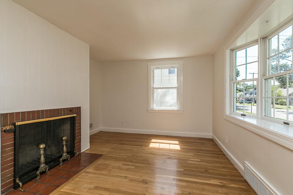 Living room with fireplace 10 Parramatta Road Beverly Massachusetts