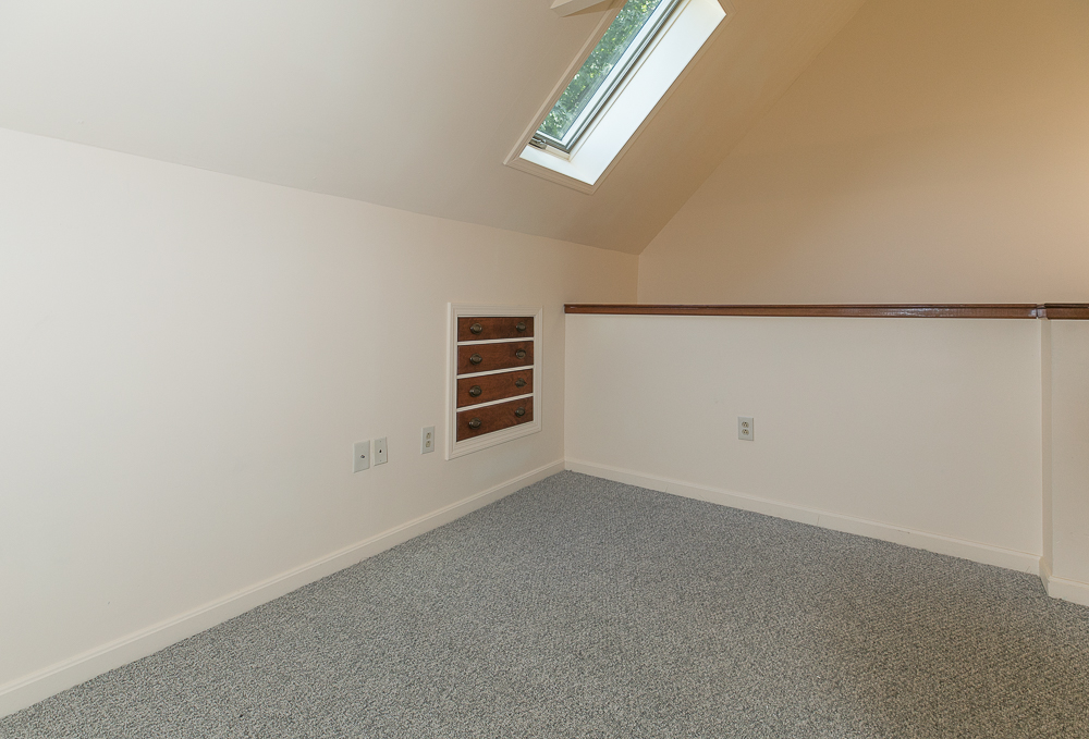 Office with skylight 4 Central Court Beverly MA - Unit 2